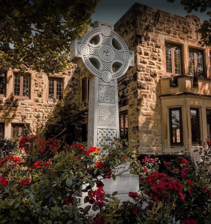 Cross outside of church St James Wichita